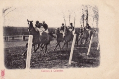 Carte postale - Course de chevaux à Colombes.