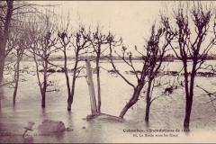 carte-postale-inondation-1910-stade-sous-eaux