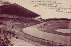 Carte postale Jeux Olympique 1924 - Stade de Colombes -Match de football.
