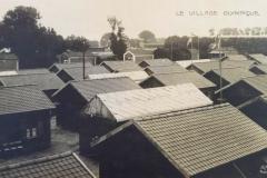 Carte postale Stade Olympique de Colombes - Les maisons du village olympique.