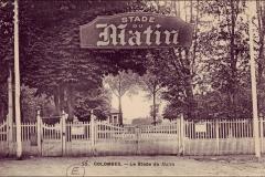 Carte postale - Une entrée du stade du Matin à Colombes.