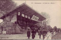Carte postale - Le stade du Matin.