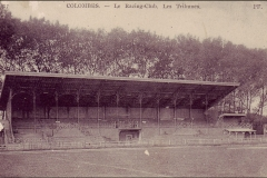 Carte postale - Tribunes du Racing Club.